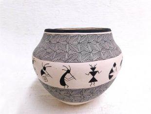 Native American Acoma Handbuilt and Handpainted Bowl