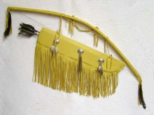 Native American Tohono O'odham Made Warrior Bow and Quiver with Arrows
