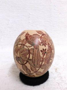 Mata Ortiz Handbuilt and Handetched Pot