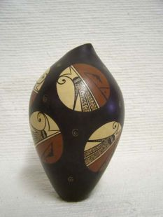 Native American Hopi Handbuilt and Handpainted Vase