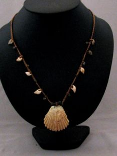 Native American Apache Made Shell Necklace