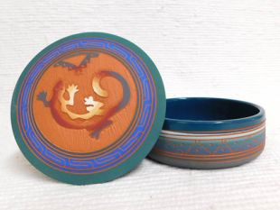 Native American Navajo Red Clay Medium Round Jewelry Box with Lizard