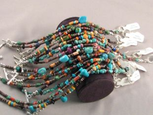 Native American Navajo Made Bracelet with Natural Stone and Shell