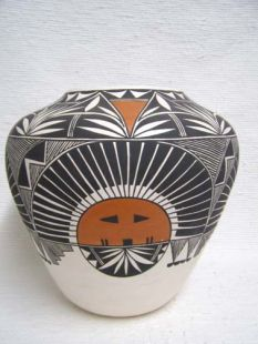 Native American Acoma Handbuilt and Handpainted Pot with Sunfaces