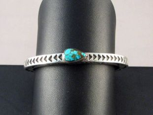 Native American Zuni/Navajo Made Sterling Silver Cuff Bracelet with Turquoise