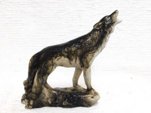 Native Americanc Made Ceramic Horsehair Howling Wolf