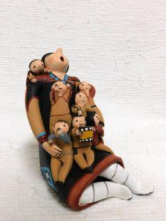 Native American Jemez Made Storyteller with 7 Children