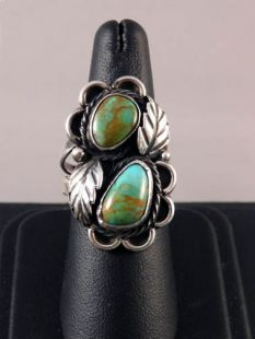 Vintage Native American Navajo Made Ring with Turquoise