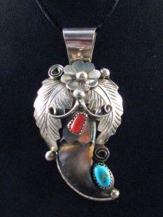 Native American Navajo Made Bear Claw Pendant