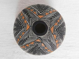 Native American Acoma Handpainted Seed Pot