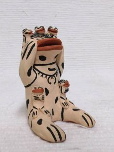 Native American Cochiti Made Storyteller Frog with Five Baby Frogs