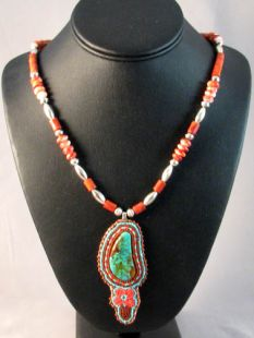 Native American Algonquin Made Beaded Necklace with Kingman